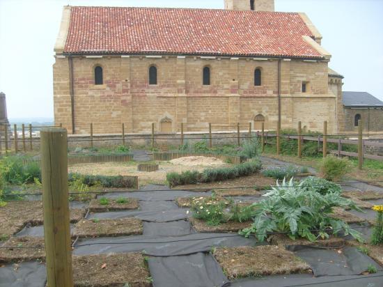 Le Jardin Médiéval sort de terre...