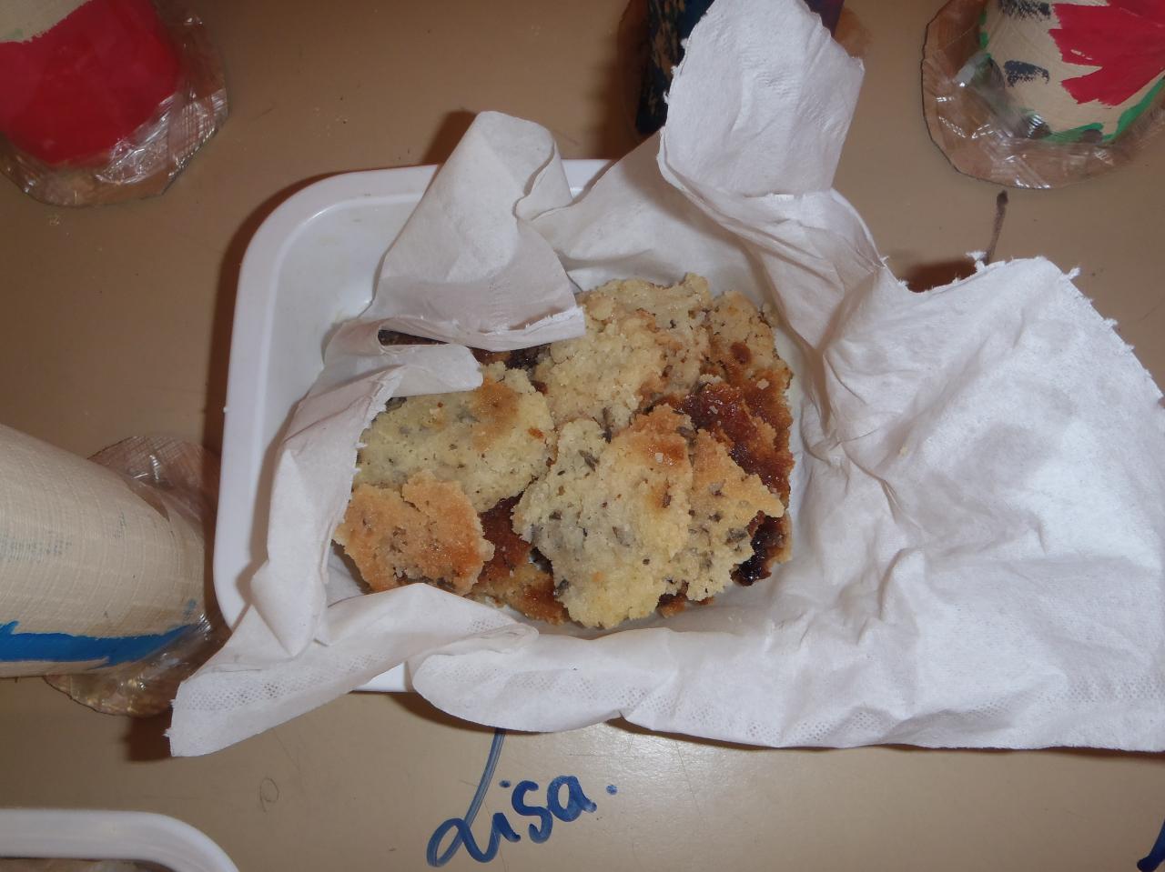 les petits marmitons ont réalisé des biscuits à la lavande